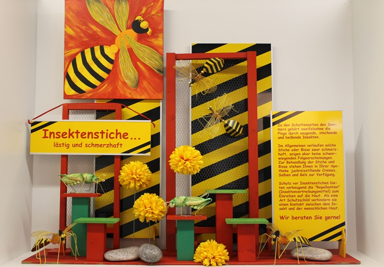 Insektenstiche for Schaufenster dekorieren